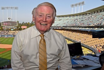 LOS ANGELES, CA - JULY 30: Los Angeles Dodgers broadcaster Vin Scully in the booth before the game between the Los Angeles Dodgers and the Arizona Diamondbacks at Dodger Stadium on July 30, 2016 in Los Angeles, California. (Photo by Jayne Kamin-Oncea/Getty Images)