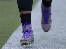Carolina Panthers' Cam Newton warms up before an NFL football game against the Minnesota Vikings in Charlotte, N.C., Sunday, Sept. 25, 2016. (AP Photo/Bob Leverone)