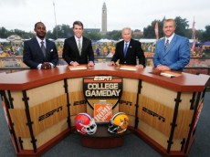 CFB-College-Gameday-645x356