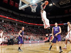 COLUMBUS, OH - FEBRUARY 14:  Deshaun Thomas #1 of the Ohio State Buckeyes dunks for two of his game-high 22 points in the second half against the Northwestern Wildcats on February 14, 2013 at Value City Arena in Columbus, Ohio. Ohio State defeated Northwestern 69-59.  (Photo by Jamie Sabau/Getty Images)