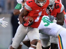 COLUMBUS, OH - SEPTEMBER 12:  Braxton Miller #1 of the Ohio State Buckeyes runs upfield in the fourth quarter against the Hawaii Rainbow Warriors at Ohio Stadium on September 12, 2015 in Columbus, Ohio. Ohio State defeated Hawaii 38-0.   (Photo by Jamie Sabau/Getty Images)