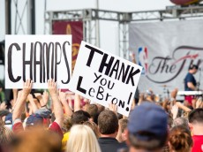 CLEVELAND, OH -  JUNE 20: Fans greet the Cleveland Cavaliers players returning to Cleveland after wining the NBA Championships on June 20, 2016 in Cleveland, Ohio. (Photo by Jason Miller/Getty Images)