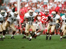 Eddie George gets away from the Notre Dame defense on a long run.  OSU Buckeyes vs. Notre Dame Fighting Irish. Ohio State University college football Sat. September 30, 1995. (Columbus Dispatch photo by Fred Squillante)
