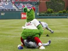 PHILADELPHIA, PA - MAY 14: The Phillie Phanatic jokes with Orlando Hudson #13 of the Los Angeles Dodgers before the game against the Philadelphia Phillies at Citizens Bank Park on May 14, 2009 in Philadelphia, Pennsylvania. The Dodgers defeated the Phillies 5-3 in 10 innings. (Photo by Joe Robbins/Getty Images)