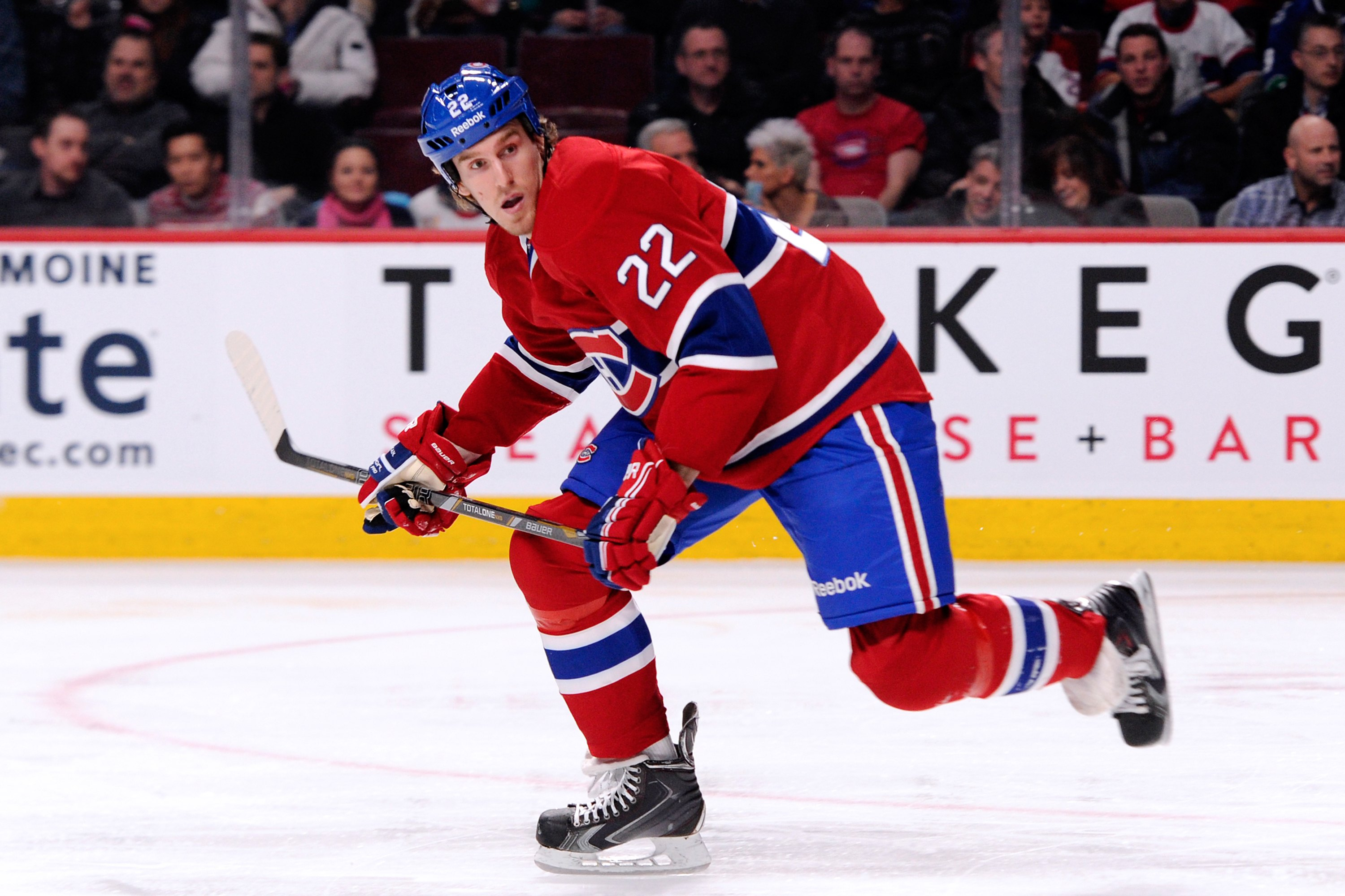 MONTREAL, QC - FEBRUARY 6:  Dale Weise #22 of the Montreal Canadiens skates during the NHL game against the Vancouver Canucks at the Bell Centre on February 6, 2014 in Montreal, Quebec, Canada.  The Canadiens defeated the Canucks 5-2.  (Photo by Richard Wolowicz/Getty Images)