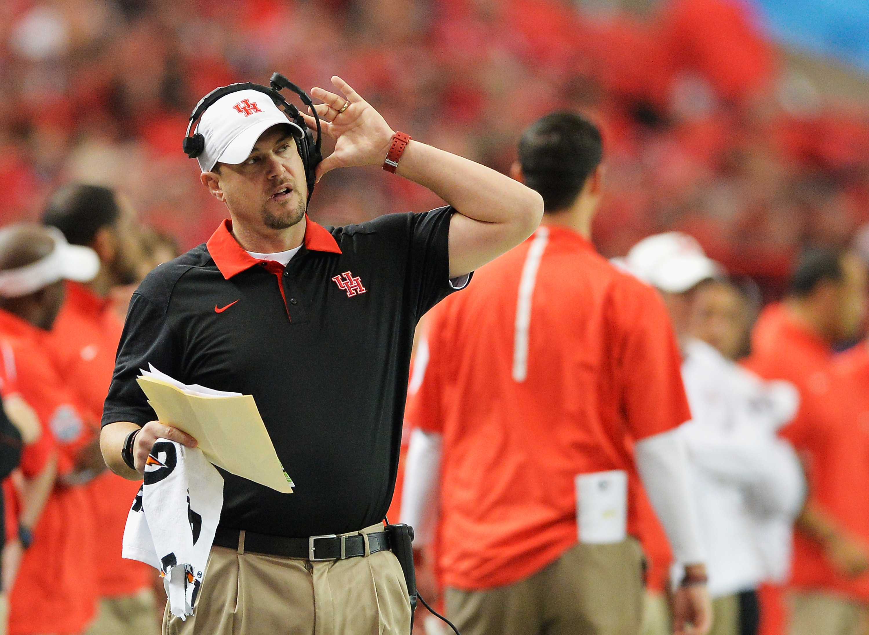 ATLANTA, GA - DECEMBER 31:  Head coach Tom Herman of the Houston Cougars reacts in the first quarter against the Florida State Seminoles during the Chick-fil-A Peach Bowl at the Georgia Dome on December 31, 2015 in Atlanta, Georgia.  (Photo by Grant Halverson/Getty Images)