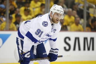 PITTSBURGH, PA - MAY 26:  Steven Stamkos #91 of the Tampa Bay Lightning in action against the Pittsburgh Penguins in Game Seven of the Eastern Conference Final during the 2016 NHL Stanley Cup Playoffs at Consol Energy Center on May 26, 2016 in Pittsburgh, Pennsylvania.  (Photo by Justin K. Aller/Getty Images)