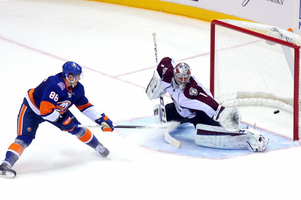 NHL: Colorado Avalanche at New York Islanders