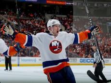 on April 7, 2015 at the Wells Fargo Center in Philadelphia, Pennsylvania.The Philadelphia Flyers defeated the New York Islanders 5-4.