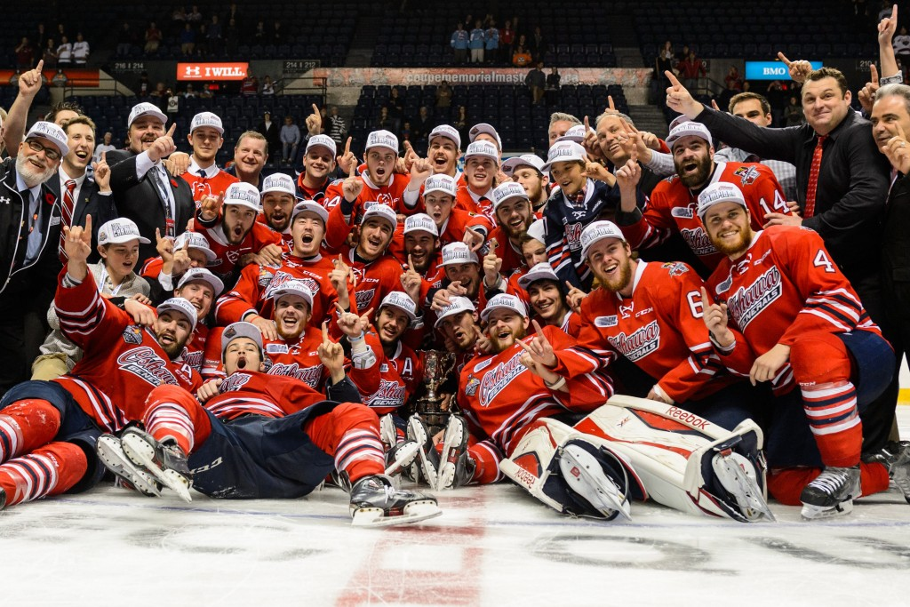 QUEBEC CITY, QC - MAY 31:  The Oshawa Generals pose for a team photo with the Memorial Cup after defeating the Kelowna Rockets and becoming the 2015 Memorial Cup Champions at the Pepsi Coliseum on May 31, 2015 in Quebec City, Quebec, Canada. The Oshawa Generals defeated the Kelowna Rockets 2-1 in overtime and become the 2015 Memorial Cup Champions. (Photo by Minas Panagiotakis/Getty Images)