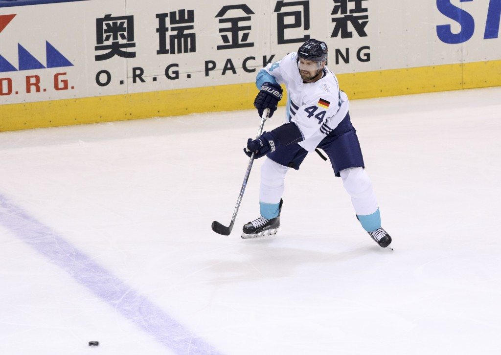 TORONTO, ON - SEPTEMBER 25: Dennis Seidenberg #44 of Team Europe passes the puck up the ice at the semifinal game against Team Sweden during the World Cup of Hockey tournament at the Air Canada Centre on September 25, 2016 in Toronto, Canada.  (Photo by Chris Tanouye/Getty Images)