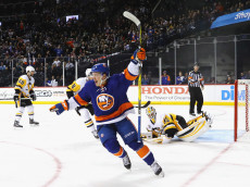 NEW YORK, NY - NOVEMBER 18:  Anthony Beauvillier #72 of the New York Islanders celebrates his goal against Matt Murray #30 of the Pittsburgh Penguins at 2:34 of the second period at the Barclays Center on November 18, 2016 in the Brooklyn borough of New York City.  (Photo by Bruce Bennett/Getty Images)