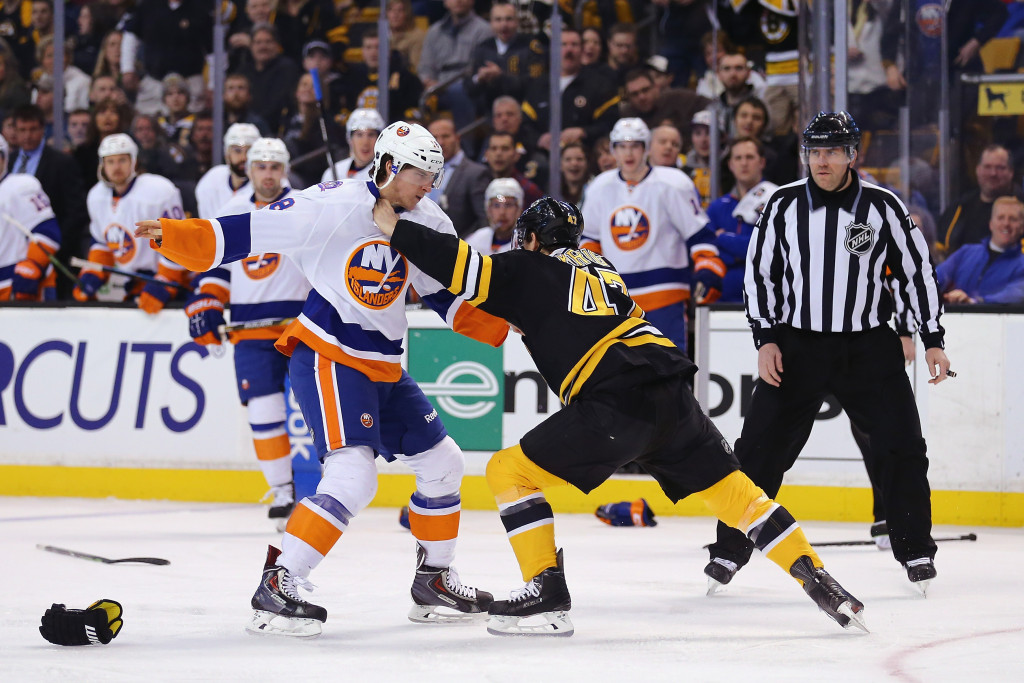 Back to the Grind for the Islanders as they end 2016