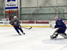 Casey Cizikas skates during Islanders practice (Photo credit: Islanders Twitter)