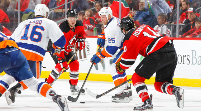 NEWARK, NJ - FEBRUARY 18:  Jason Chimera #25 of the New York Islanders in action against the New Jersey Devils on February 18, 2017 at Prudential Center in Newark, New Jersey. The Devils defeated the Islanders 3-2.  (Photo by Jim McIsaac/Getty Images)