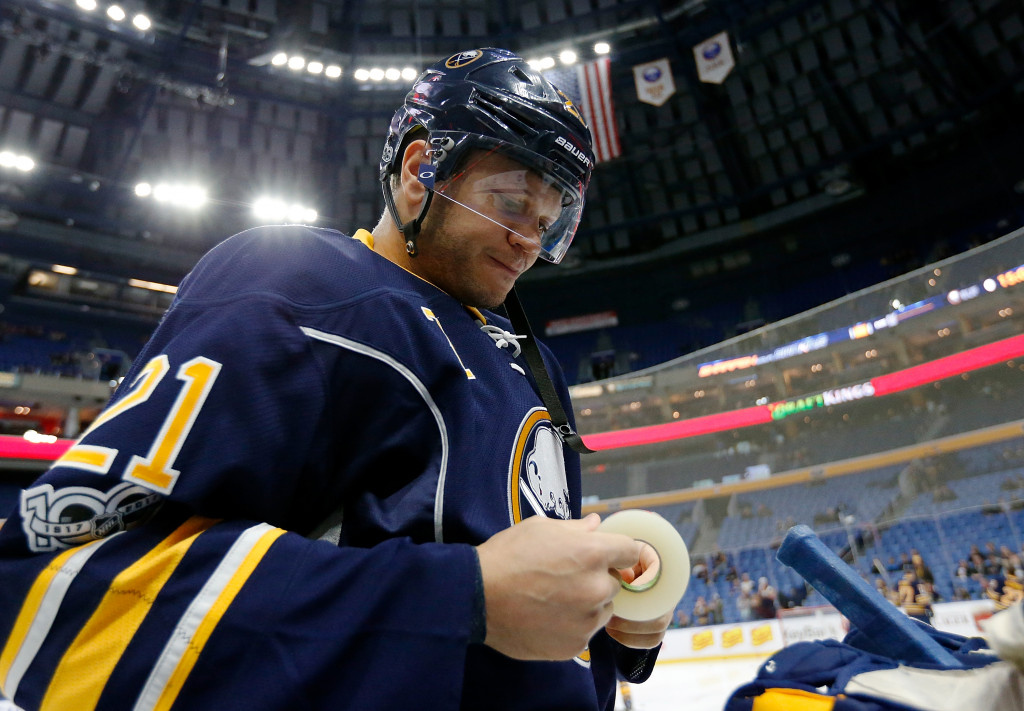 BUFFALO, NY - MARCH 2: Kyle Okposo #21 of the Buffalo Sabres before the game against the Arizona Coyotes at the KeyBank Center on March 2, 2017 in Buffalo, New York. Sabres beat the Coyotes 6-3. (Photo by Kevin Hoffman/Getty Images) *** Local Caption ***Kyle Okposo