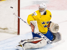 TORONTO, ON - JANUARY 05: Goaltender Linus Soderstrom #30 of Sweden deflects the puck on a shot from Slovakia during the Bronze medal game of the 2015 IIHF World Junior Championship on January 05, 2015 at the Air Canada Centre in Toronto, Ontario, Canada. (Photo by Dennis Pajot/Getty Images)