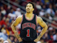 HOUSTON, TX - FEBRUARY 04:  Derrick Rose #1 of the Chicago Bulls wiats on the court during their game against the Houston Rockets at the Toyota Center on February 4, 2015 in Houston, Texas..  NOTE TO USER: User expressly acknowledges and agrees that, by downloading and/or using this photograph, user is consenting to the terms and conditions of the Getty Images License Agreement.  (Photo by Scott Halleran/Getty Images)