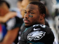 PHILADELPHIA, PA - DECEMBER 07:   LeSean McCoy #25 of the Philadelphia Eagles looks on from the bench during the first quarter against the Seattle Seahawks at Lincoln Financial Field on December 7, 2014 in Philadelphia, Pennsylvania.  (Photo by Evan Habeeb/Getty Images)