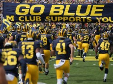 at Michigan Stadium on September 26, 2015 in Ann Arbor, Michigan. The Wolverines defeated the Cougars 31-0.