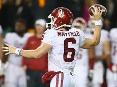 WACO, TX - NOVEMBER 14:  Baker Mayfield #6 of the Oklahoma Sooners throws against the Oklahoma Sooners in the second quarter at McLane Stadium on November 14, 2015 in Waco, Texas.  (Photo by Ronald Martinez/Getty Images)