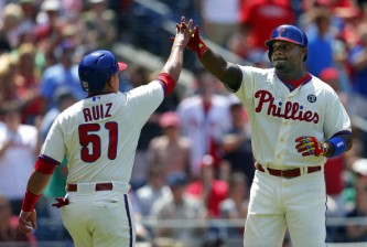 PHILADELPHIA, PA - JUNE 1: Ryan Howard #6 of the Philadelphia Phillies is congratulated by Carlos Ruiz #51 after hitting a two run home run against the New York Mets during the fourth inning in a game at Citizens Bank Park on June 1, 2014 in Philadelphia, Pennsylvania. (Photo by Rich Schultz/Getty Images)
