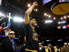 OAKLAND, CA - JUNE 19:  Richard Jefferson #24 of the Cleveland Cavaliers celebrates after defeating the Golden State Warriors 93-89 in Game 7 to win the 2016 NBA Finals at ORACLE Arena on June 19, 2016 in Oakland, California. NOTE TO USER: User expressly acknowledges and agrees that, by downloading and or using this photograph, User is consenting to the terms and conditions of the Getty Images License Agreement.  (Photo by Ezra Shaw/Getty Images)