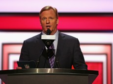 CHICAGO, IL - APRIL 28: Roger Goodell announces a draft pick during the 2016 NFL Draft at the Auditorium Theater on April 28, 2016 in Chicago, Illinois. (Photo by Jonathan Daniel/Getty Images)