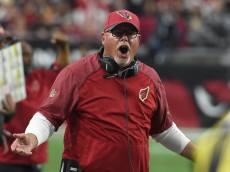 GLENDALE, AZ - JANUARY 03:  Head coach Bruce Arians of the Arizona Cardinals yells on the sidelines in the game against the Seattle Seahawks at University of Phoenix Stadium on January 3, 2016 in Glendale, Arizona.  (Photo by Norm Hall/Getty Images)