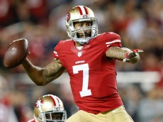 SANTA CLARA, CA - OCTOBER 22:  Colin Kaepernick #7 of the San Francisco 49ers attempts a pass against the Seattle Seahawks during their NFL game at Levi's Stadium on October 22, 2015 in Santa Clara, California.  (Photo by Ezra Shaw/Getty Images)