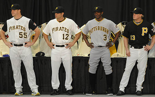 new pirate unis