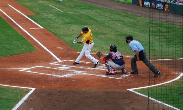 Pedro Alvarez swing