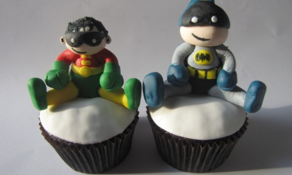 Batmand and Robin cupcake