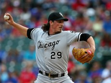 ARLINGTON, TX - JUNE 02: Jeff Samardzija #29 of the Chicago White Sox pitches during the first inning during a game against the Texas Rangers at Globe Life Park in Arlington on June 2, 2015 in Arlington, Texas.  (Photo by Sarah Crabill/Getty Images)