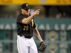 PITTSBURGH, PA - jUNE 23:  Mark Melancon #35 of the Pittsburgh Pirates reacts after defeating the Cincinnati Reds 7-6 at PNC Park on June 23, 2015 in Pittsburgh, Pennsylvania.  (Photo by Justin K. Aller/Getty Images)