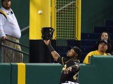 PITTSBURGH, PA - JUNE 22:  Gregory Polanco #25 of the Pittsburgh Pirates can't make a catch on a ball hit by Joe Panik #12 of the San Francisco Giants (not pictured) during the sixth inning on June 22, 2016 at PNC Park in Pittsburgh, Pennsylvania.  (Photo by Joe Sargent/Getty Images)