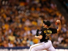 PITTSBURGH, PA - JUNE 20:  Mark Melancon #35 of the Pittsburgh Pirates pitches in the ninth inning during the game against the San Francisco Giants at PNC Park on June 20, 2016 in Pittsburgh, Pennsylvania.  (Photo by Justin K. Aller/Getty Images)