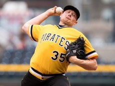 PITTSBURGH, PA - JULY 24:  Mark Melancon #35 of the Pittsburgh Pirates delivers a pitch in the ninth inning during the game against the Philadelphia Phillies at PNC Park on July 24, 2016 in Pittsburgh, Pennsylvania. (Photo by Justin Berl/Getty Images)