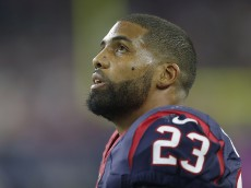 HOUSTON, TX - OCTOBER 08: Arian Foster #23 of the Houston Texans looks on as the Texans play the Indianapolis Colts in the first quarter on October 8, 2015 at NRG Stadium in Houston, Texas. (Photo by Bob Levey/Getty Images)