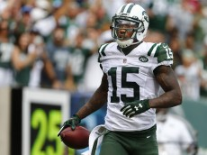 EAST RUTHERFORD, NJ - SEPTEMBER 13: Brandon Marshall #15 of the New York Jets celebrates his touchdown against the Cleveland Browns during the third quarter of a game at MetLife Stadium on September 13, 2015 in East Rutherford, New Jersey. The Jets won 31-10. (Photo by Rich Schultz /Getty Images)