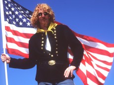 28 AUG 1994:  ALEXI LALAS OF THE USA SOCCER TEAM STRIKES A GENERAL CUSTER-TYPE POSE AS HE PREPARES TO DO BATTLE AGAINST ENGLAND ON 7 SEP 1994.  LALAS, A MEMBER OF THE USA's WORLD CUP SOCCER TEAM WHO NOW PLAYS FOR ITALIAN LEAGUE TEAM PADOVA, WILL BE A MEMBER OF THE USA's SIDE TO PLAY IN EXHIBITION PLAY AT WEMBLEY, ENGLAND. Mandatory Credit: Gary M. Prior/ALLSPORT