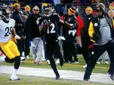 Mike_Tomlin_Tripping_Jacoby_Jones_Ravens_Steelers (1)