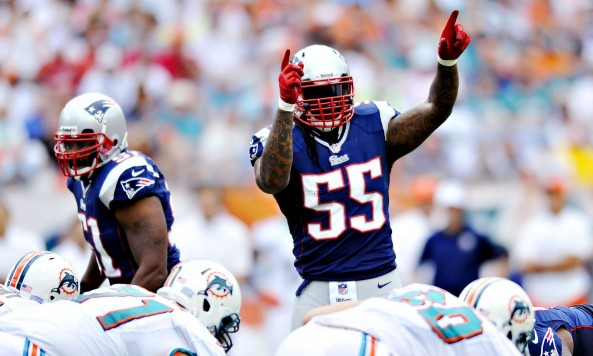 brandon spikes arms up