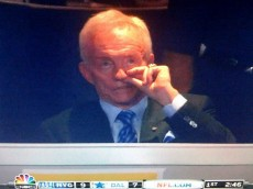 jerry jones nose pick
