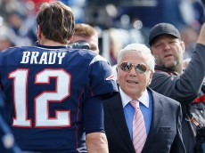 FOXBORO, MA - OCTOBER 26:  Tom Brady #12 talks with owner Robert Kraft of the New England Patriots before a game against the Chicago Bears at Gillette Stadium on October 26, 2014 in Foxboro, Massachusetts.  (Photo by Jim Rogash/Getty Images)
