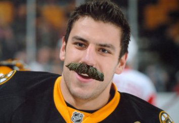 Lucic Selleck
