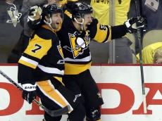 sidney-crosby-overtime-goal-penguins-lightning-game-2