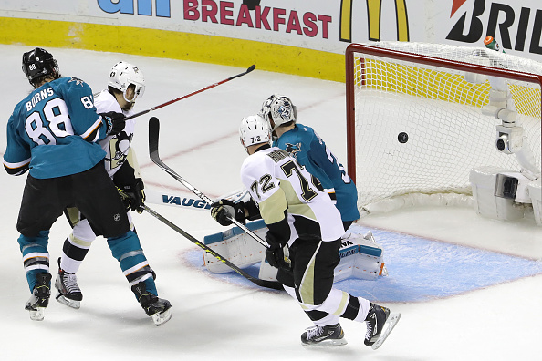 SAN JOSE, CA - JUNE 04: Patric Hornqvist #72 of the Pittsburgh Penguins scores a goal against Martin Jones #31 of the San Jose Sharks during the second period in Game Three of the 2016 NHL Stanley Cup Final at SAP Center on June 4, 2016 in San Jose, California. (Photo by Bruce Bennett/Getty Images)