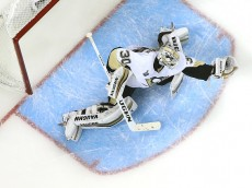 SAN JOSE, CA - JUNE 06:  Matt Murray #30 of the Pittsburgh Penguins tends goal against the San Jose Sharks in Game Four of the 2016 NHL Stanley Cup Final at SAP Center on June 6, 2016 in San Jose, California.  (Photo by Ezra Shaw/Getty Images)