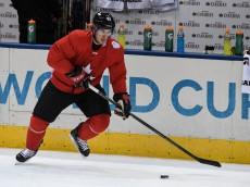 TORONTO, ON - SEPTEMBER 16:  Sidney Crosby #87 of Team Canada skates with the puck during practice at the World Cup of Hockey 2016 at Air Canada Centre on September 16, 2016 in Toronto, Ontario, Canada.  (Photo by Minas Panagiotakis/Getty Images)